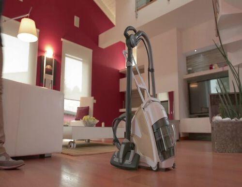 ASPIRADOR SEM SACO POLTI UNICO MCV 85 TOTAL CLEAN & TURBO